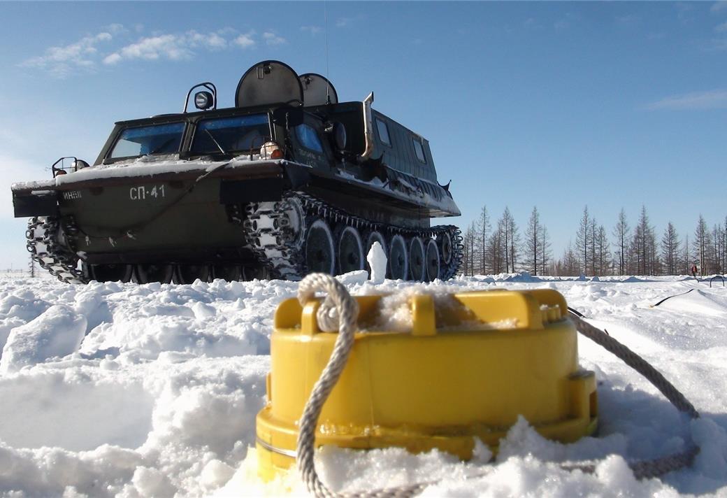 Лукойл обеспечит смазочными материалами крупнейшую геофизическую компанию России - ГЕОТЕК